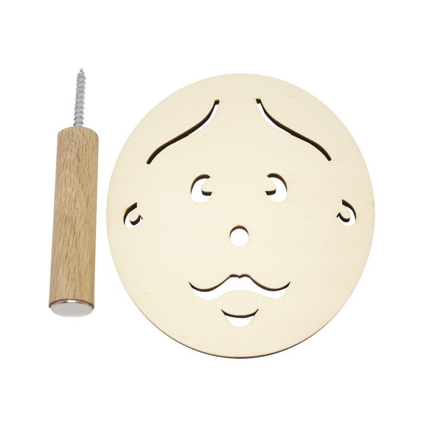 Knage - far med hul i næsen
